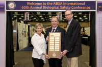 Caryl Griffin and Jim Welch of Elizabeth R. Griffin Foundation presenting the Griffin Lecture Award to Uwe Mueller-Doblies, PhD, 2017 ABSA International Conference